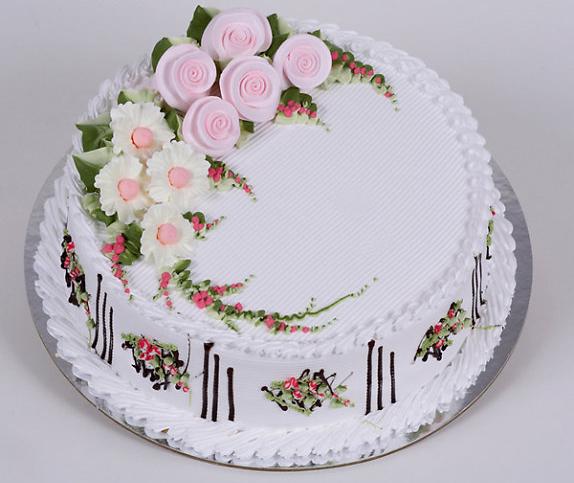 bánh sinh nhật với mẫu hoa hồng