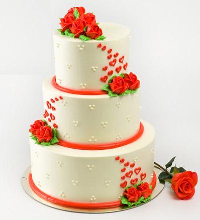 bánh sinh nhật thiết kế theo tầng