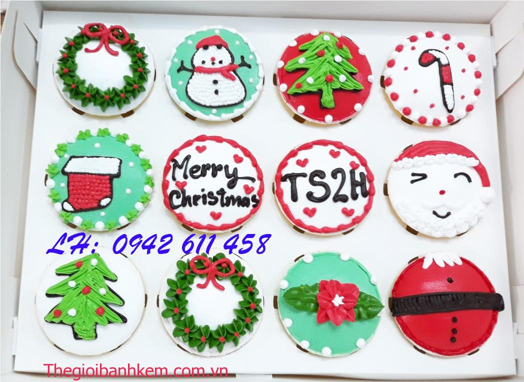 Banh cupcake cc20