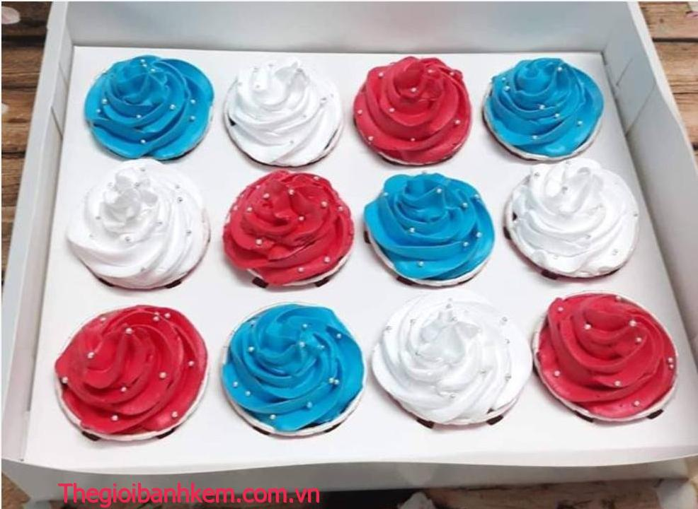 Bánh cupcake cc26