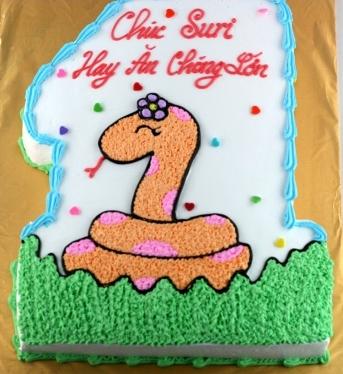 Bánh hình con rắn mã B207