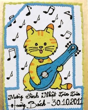 Bánh mèo chơi đàn mã B216