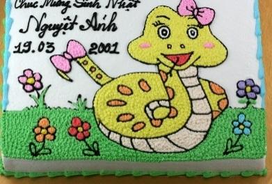 Bánh hình con rắn mã B1758