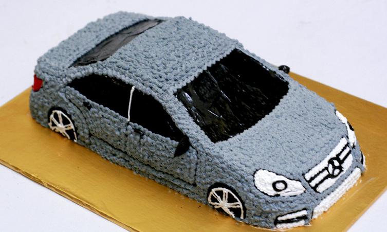 Bánh sinh nhật ô tô B890