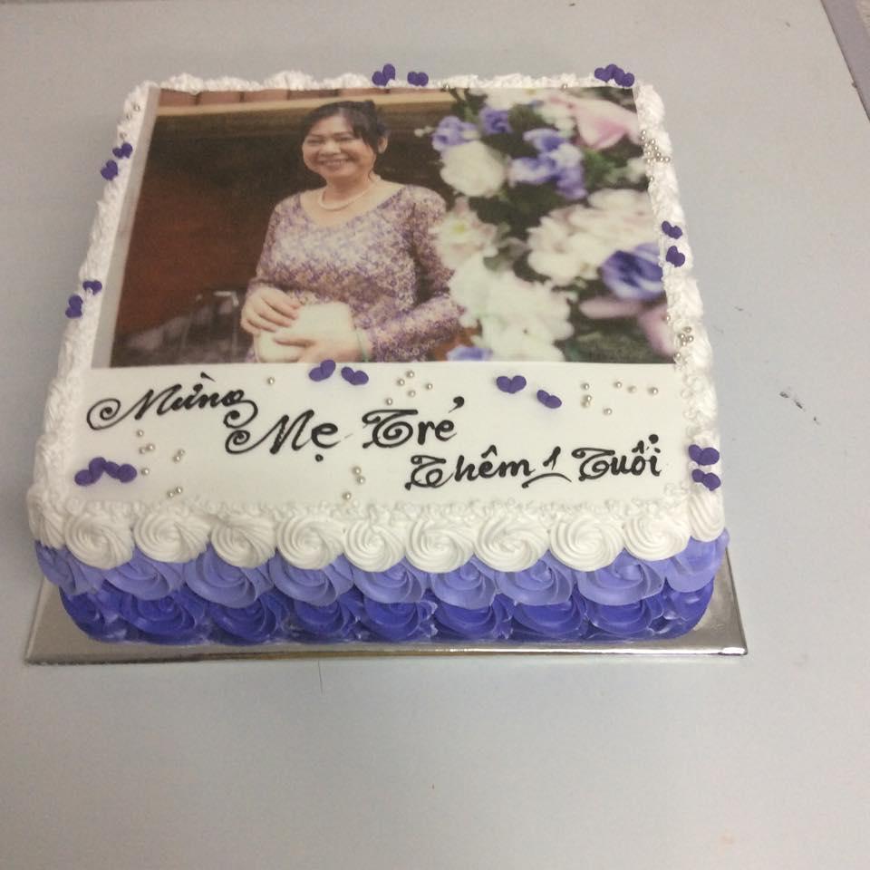 Bánh sinh nhật in ảnh Mã B1901