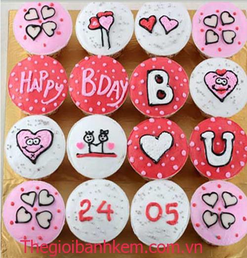 Bánh cupcake Mã CC03