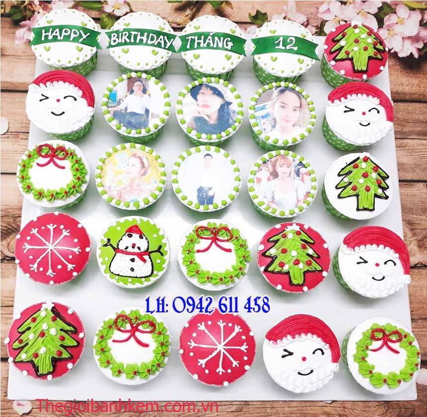 Bánh cupcake  chủ đề noel mã CC54