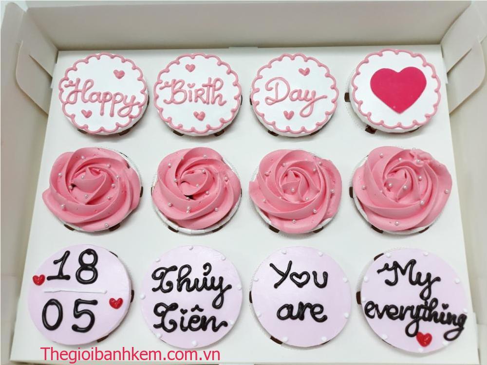 Bánh cupcake sinh nhật mã CC61