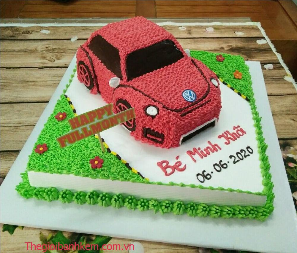 Bánh kem 2 tầng hình xe hơi mã B06061