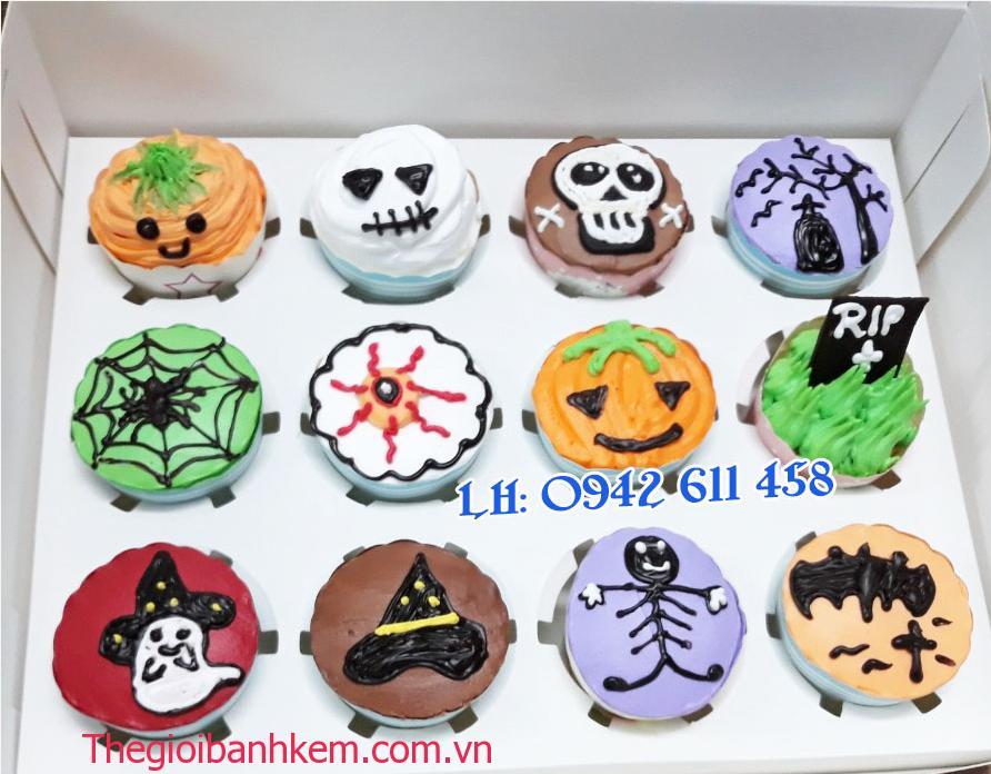 Bánh cupcake Halloween Mã CC15