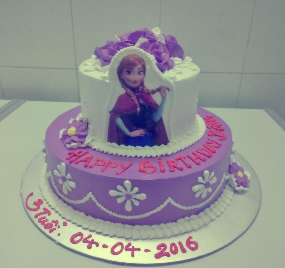 Bánh kem 2 tầng công chúa Anna Mã B2381