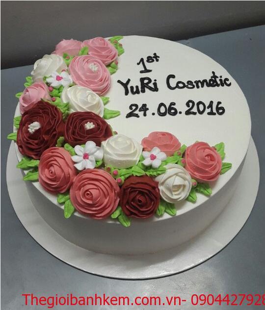 Bánh sinh nhật hoa hồng Mã B1047