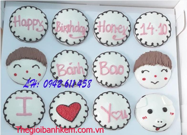 Bánh cupcake Mã CC22