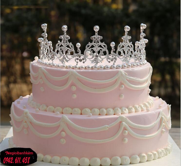 Bánh sinh nhật vương miện 2 tầng B5429