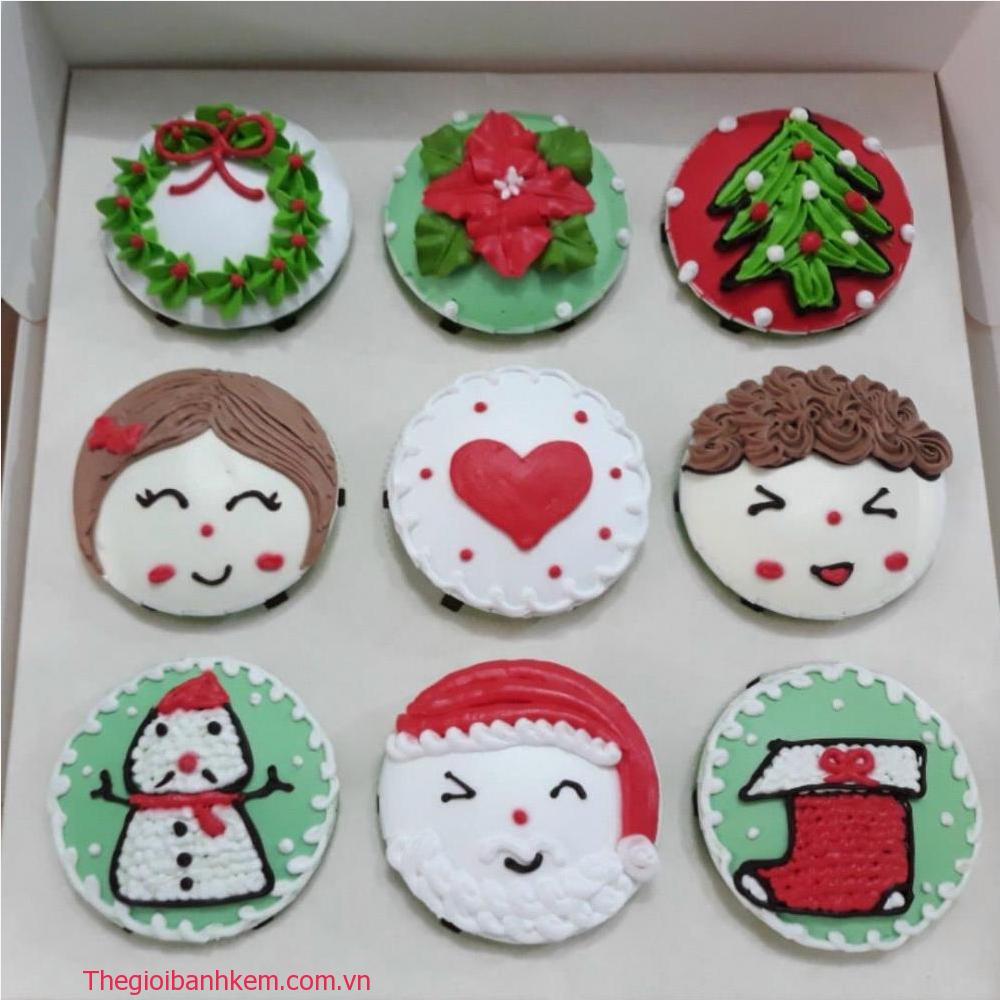 Bánh cupcake noel CC78